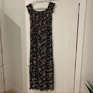 American Eagle Off Shoulder Floral Maxi Dress.